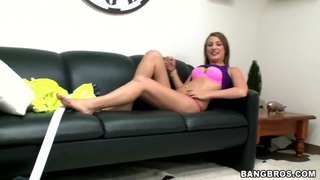 Hot busty bitch Hailey Holiday wants to get fresh cumshots so much