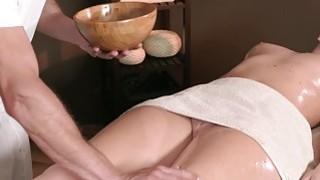 Experienced masseur fucks brunette beauty